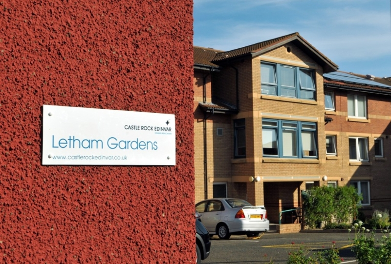 Projects: Heating & Renewables: Letham Gardens10